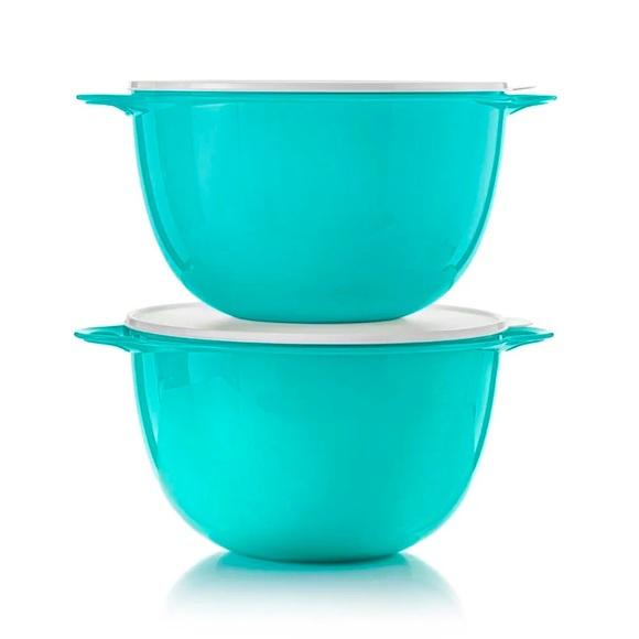 Tupperware jumbo thatsa bowls set of 2